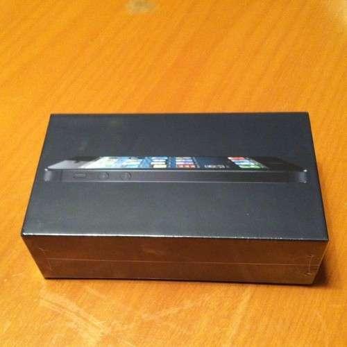 Apple iphone 5 de 32 gb y negro grafito nueva