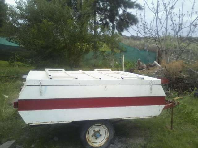 Vendo trailer,dos ejes cobertura superior nueva