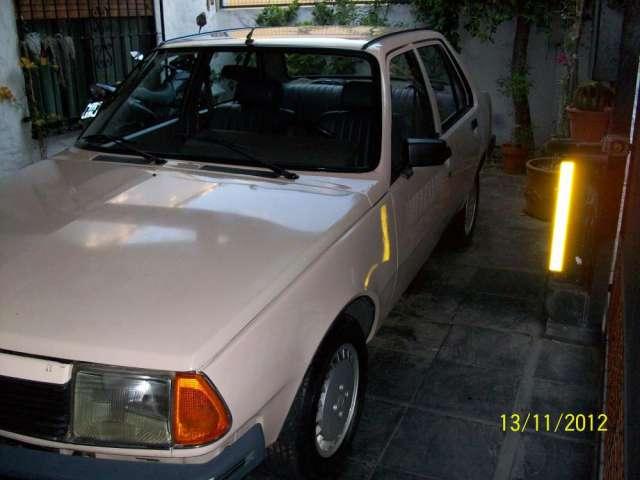 Renault 18 gtl en muy buen estado modelo 1988