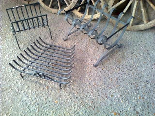 Leñeros de hierro varias medidas, stock permanente