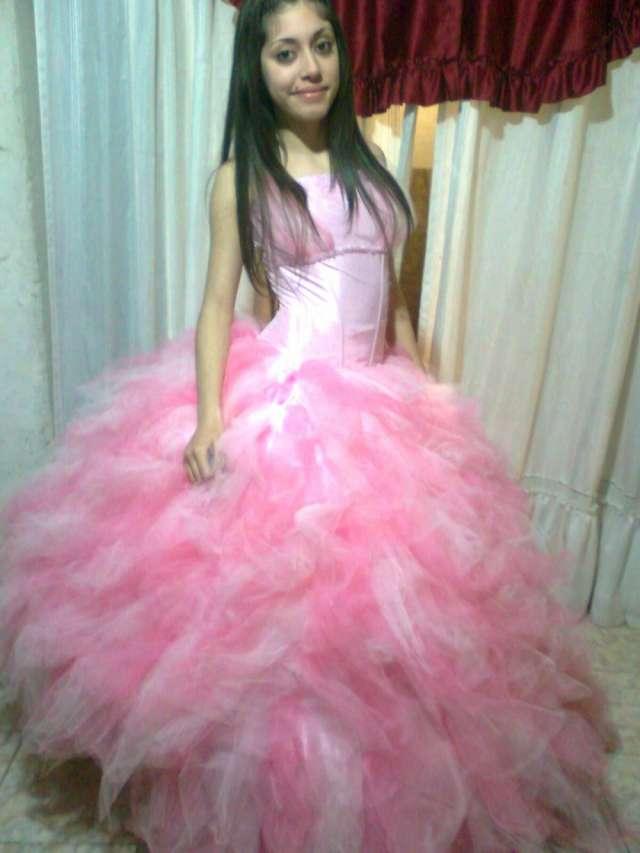a12194fe2c Alquiler de vestido de 15 años hermoso de princesa..llamame en ...