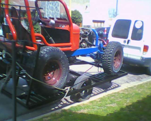 Vendo arenero motor 125 con trailer nuevo con levas tapa carburador em brague