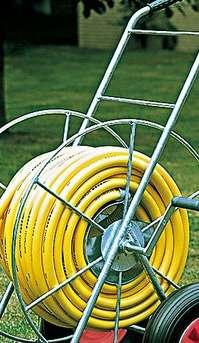 Carritos enrolladores para mangueras de riego