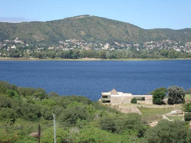 Excelente terreno en venta en villa carlos paz, con gran vista al algo, villa del lago