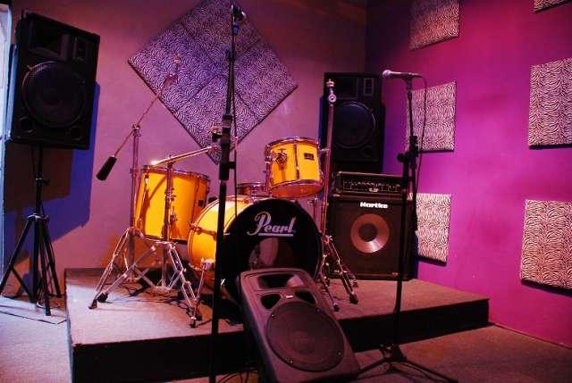 """Sala de ensayo, estudio de grabacion """"el galpon"""""""