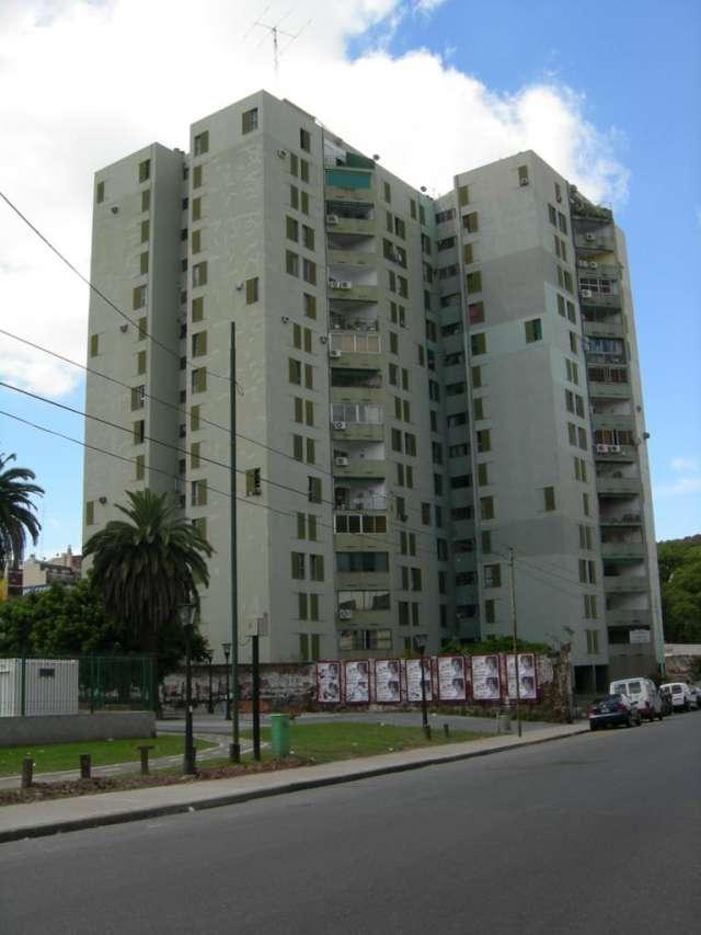 Alquiler: barracas departamento 4 ambientes con balcón 100 m2