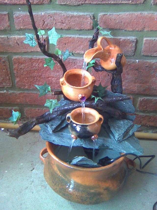 Fuente de agua feng shui fuente cermica de sobremesa rono for Fuente agua feng shui
