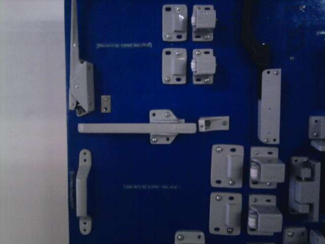 Herrajes para puertas de cámaras frigoríficas