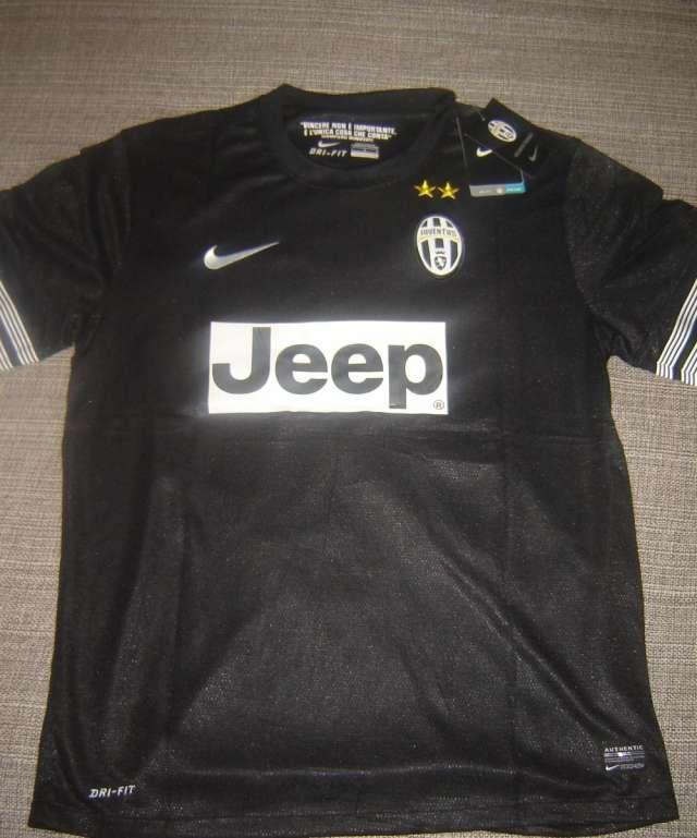 Camisetas de futbol originales al por mayor en Villa Urquiza ... dbd9e1766ba81