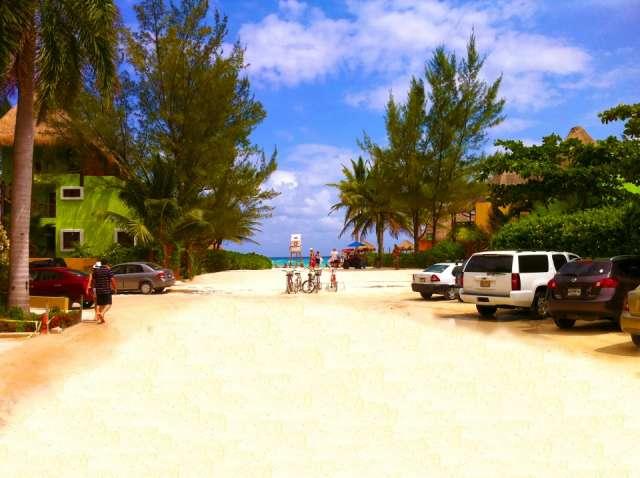 Fotos de En venta magnifico terreno comercial en el corazón de playa del carmen, méxico 2