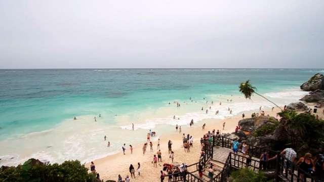 Fotos de En venta magnifico terreno comercial en el corazón de playa del carmen, méxico 3