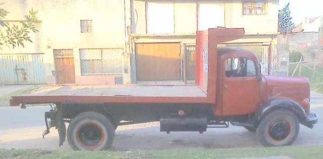 Vendo camion mercedes 3500 caja playa volcaodra $ 38000