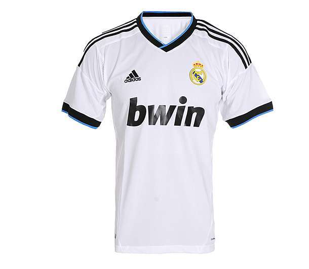 043215d46a2cd Remeras futbol originales adidas nike selecciones clubs x mayor en Barrio  Norte