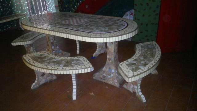 Juego de jardin de cemento revestido en ceramica con 6 bancos en ...