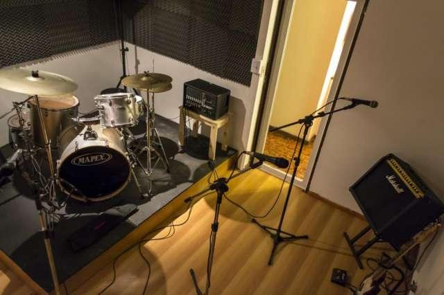 Alquiler sala de ensayo para bandas