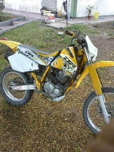 Suzuki dr 350 r con piston wiseco (usa)