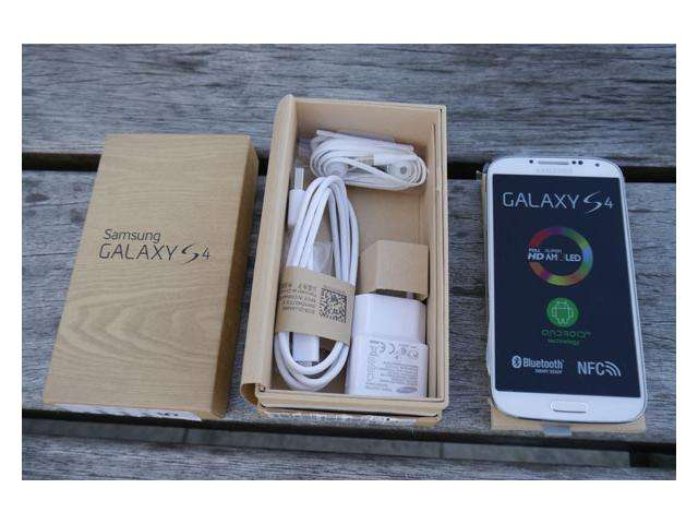 Fotos de Brand new apple iphone5 64gb, bb q10/z10 ,samsung galaxy s4 original unlocked 2