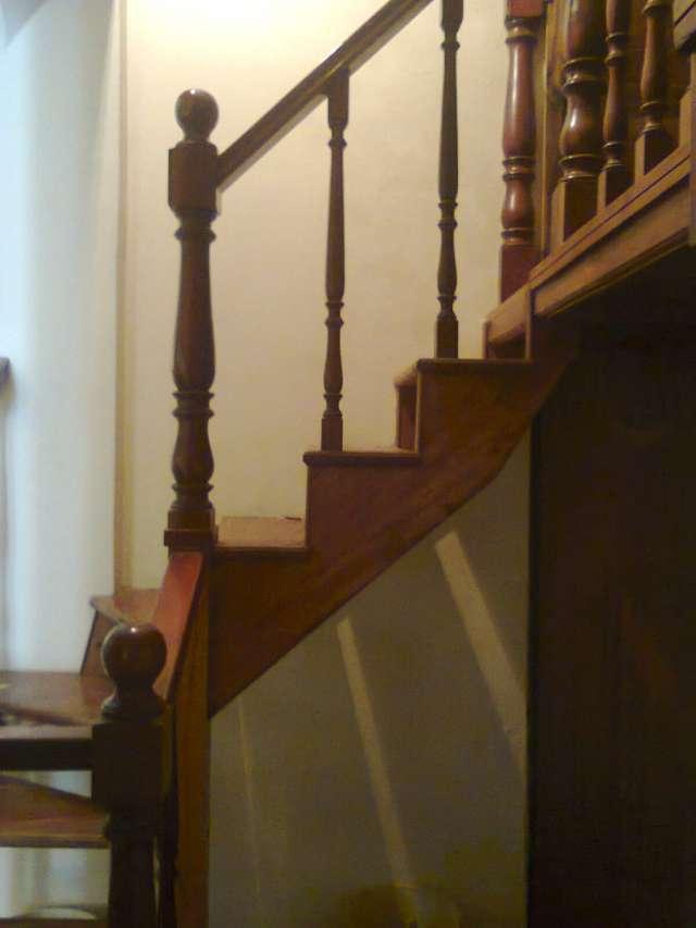Hermosa escalera caracol de madera viraro en Villa Luro - Otros ...
