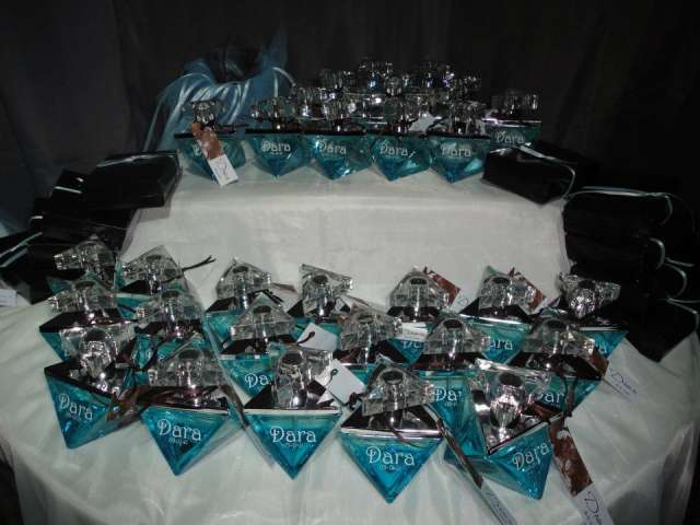 Souvenirs de perfumes para quince, casamiento, cumpleaños