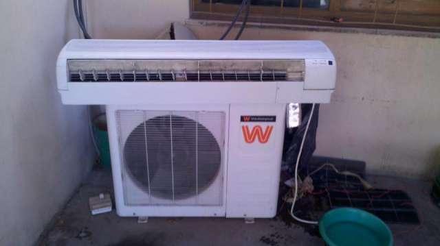 Vendo aire acondicionado split 600 fgs frio calor.