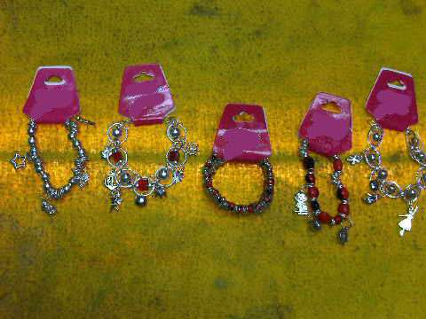 4d47c385b337 Fotos de Venta al por mayor de collares pulseras bisuteria fina niquelada  en general env ...