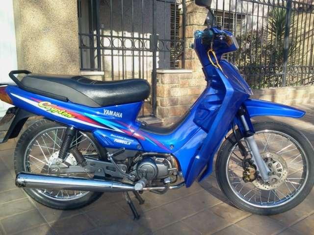 Yamaha crypton azul modelo 2008 titular