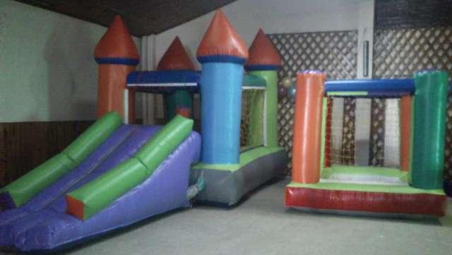 Alquiler de castillos pelotero metegol tejo plaza blanda mini living pool arco de futbol animacion espectaculo de circo