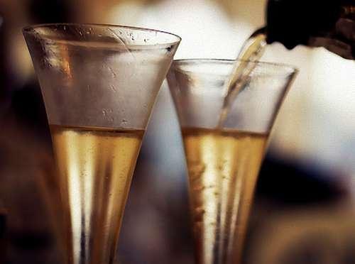 La bebida elegida para este verano son los vinos espumantes. te dejamos algunas recomendaciones