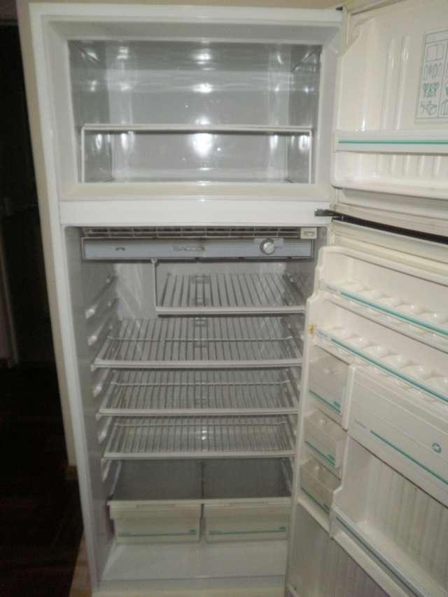 Vendo heladera c/ freezer $500