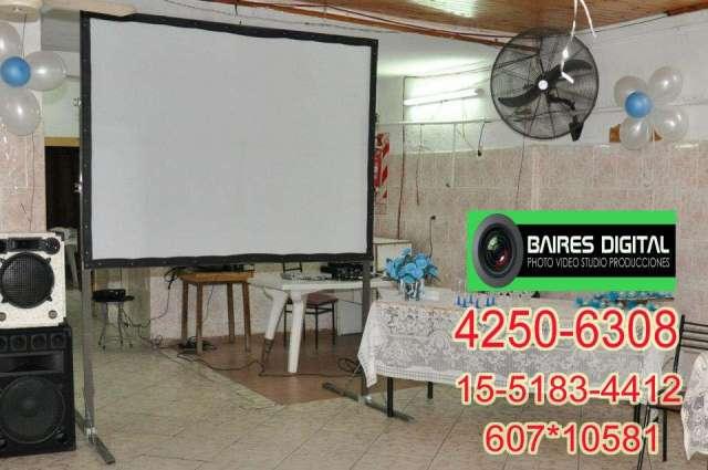 Alquiler de pantalla y proyector en hudson 4250-6308