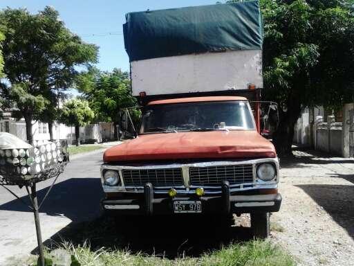 Vendo camion fort 350.m71.todos los papeles funcionando bien y en buen estado