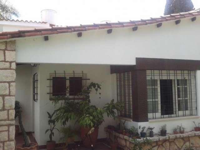 Dueño vende casa con piscina en córdoba capital