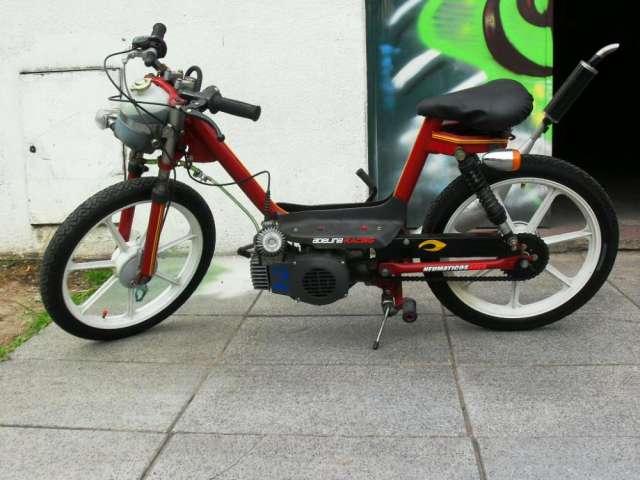 Ciclomotor zanella motor 110 c.c.