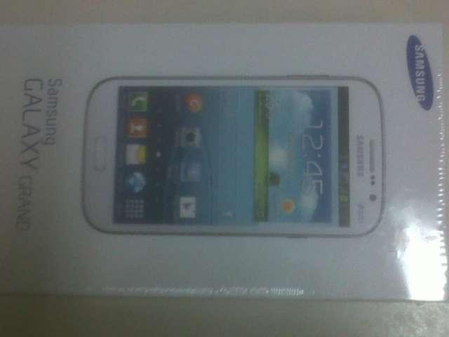 Vendo celular samnsung galaxy grand nuevo ,liberado de fabrica y con dos chips original$5000