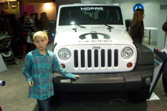 + burletes y autopartes nuevas jeep gladiator **
