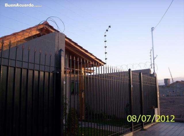 Fotos de Cercos electricos y concertinas sistemas perimetrales mendoza 1