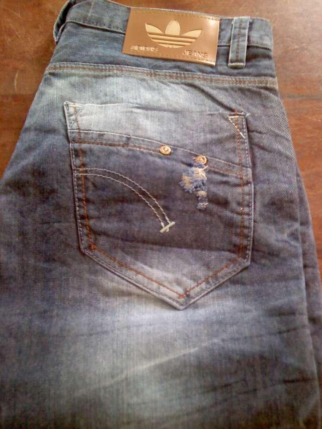 Venta mayorista de jeans levis,wrangler,kosiuko .adidas