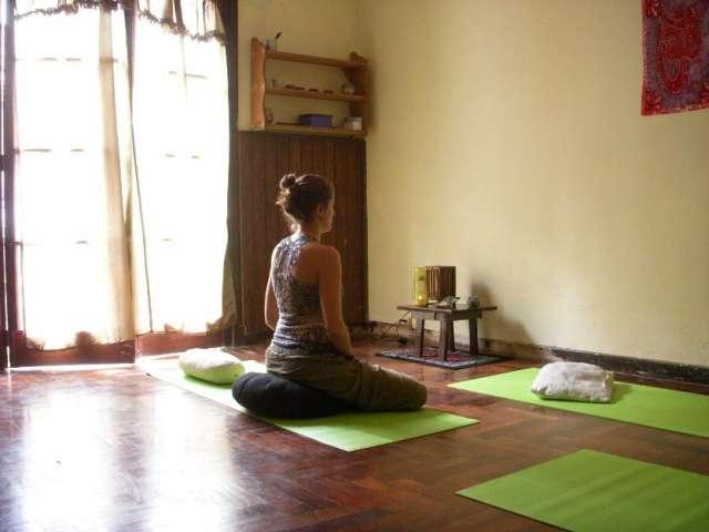 Mindfulness: sesiones terapéuticas individuales y sesiones grupales de meditación