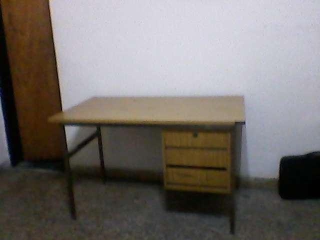 Muebles de oficina, usados, vendo
