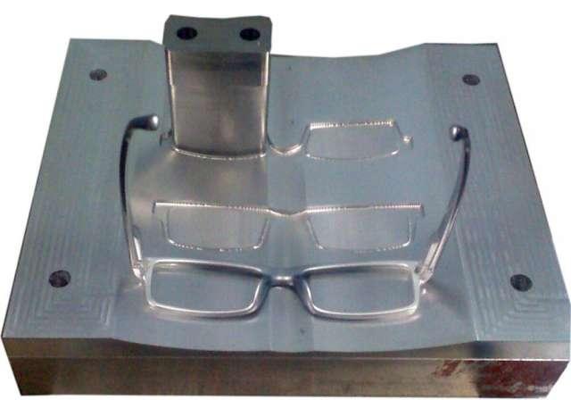 Matriceria dimayer zona zur, fabricacion moldes inyeccion plastico termoformado gofrado textil