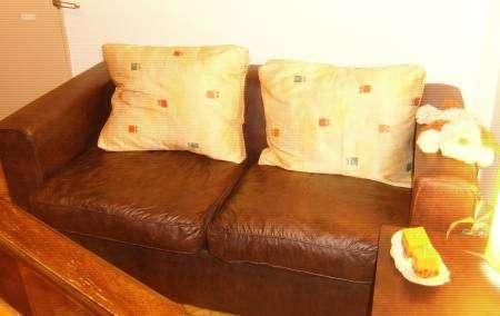 Sillon sofa cubo 2 cuerpos + mesa ratona 2 puff