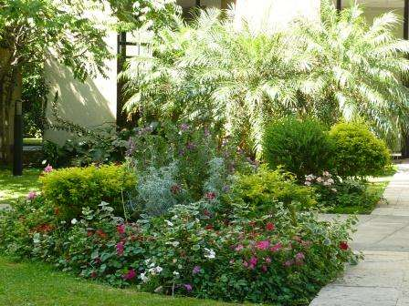 Paisajismo sanidad vegetal jardines hue