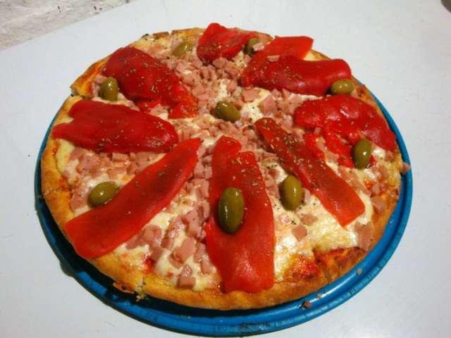 Mas de 30 años preparando la mejor calidad en pizzas y empanadas