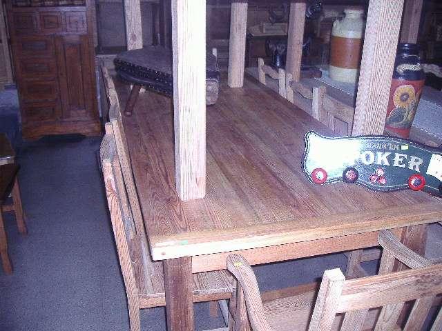 Mesas de pinotea grandes