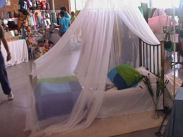 Doseles para camas infantiles cama dosiel flores x cm - Mosquiteras para camas ...