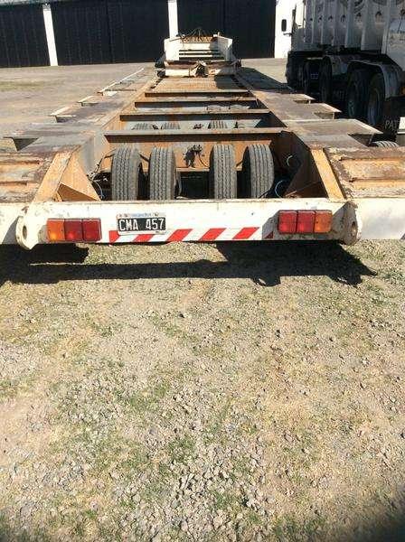 Carreton de 32 ruedas con cuello fijo 80 toneladas