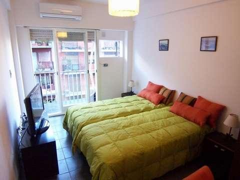 1 amb - oro y charcas - 2 camas simples opcion doble , cerca uba, up, iuna