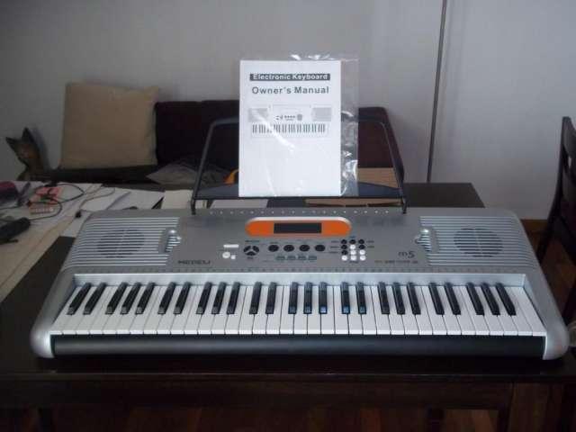 Vendo teclado medeli. nuevo!