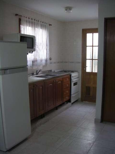 Cocina con microondas,heladera cocina con horno