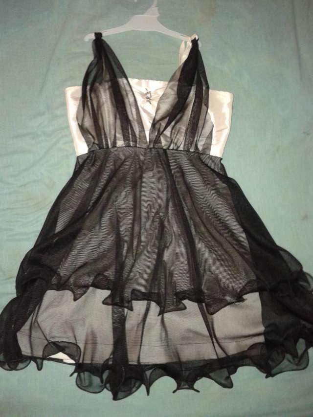 Venta de vestidos de fiesta usados en tucuman
